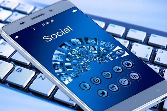 Facebook et Twitter n'ont pas été invités au sommet des médias sociaux de la Maison Blanche, selon des sources